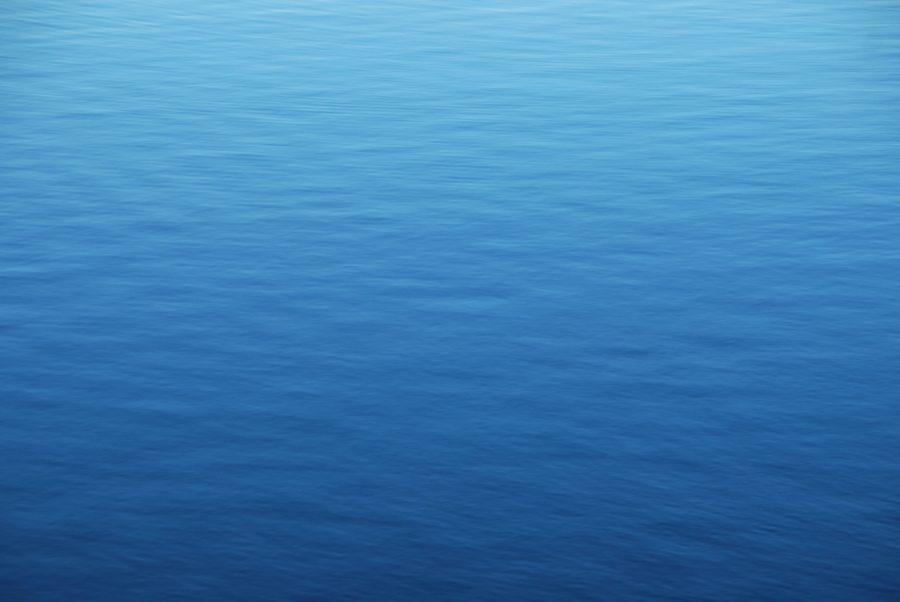 Eau bleue partout